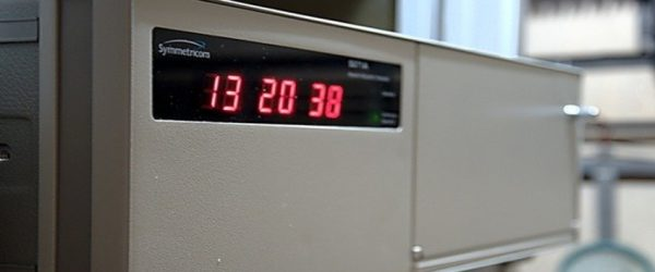 Олон улсын зохицуулсан цаг (UTC) тооцоолоход Цаг давтамжийн лабораторийн оролцоо