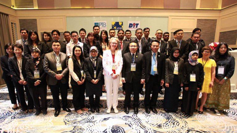 """Ази-номхон далайн хууль эрхийн хэмжил зүйн форум (APLMF)-ын зохион байгуулсан """"Үр тарианы чийг хэмжигчийн шалгалт тохируулга, баталгаажуулалт"""" сэдэвт сургалтад оролцов"""